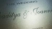 <p>Selain itu, diketahui juga bahwasannya pada 16 Juni yang lalu diperingati sebagai wedding anniversary Radit dan Joanna lho, Bunda. Sedihnya, kini sang suami telah tiada. Raditya Oloan meninggal setelah sembuh dari COVID-19 pada 6 Mei 2021 lalu. (Foto: Instagram @ninakairupan)</p>