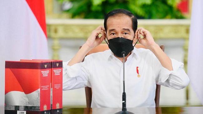 Presiden Jokowi meminta penegakkan PPKM Darurat dilakukan dengan cara-cara yang baik, misalnya dengan memberikan ajakan sambil membantu masyarakat.