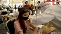 <p>Vaksinasi COVID-19 initanpa dipungut biaya dan diperuntukkan bagi para konsumen CT Corp yang merupakan warga negara Indonesia serta berusia 18 tahun ke atas. (Foto: Agung Pambudhy)</p>