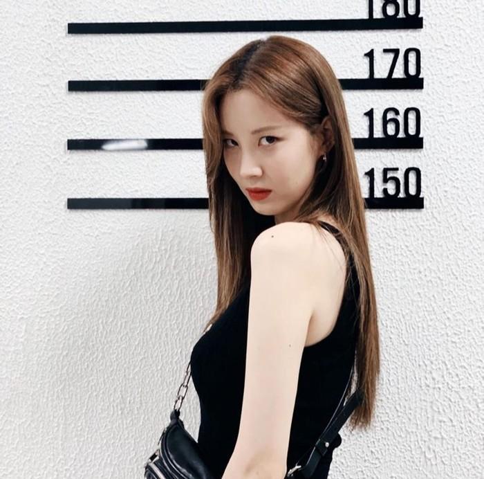 Selain menjadi member termuda (maknae), Seohyun merupakan member dengan postur badan tertinggi kedua setelah Sooyoung/Foto: instagram.com/seojuhyun_s