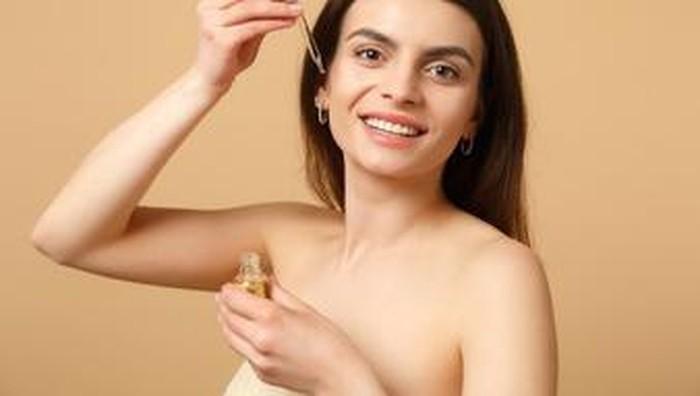 Rekomendasi Face Oil untuk Anti Aging