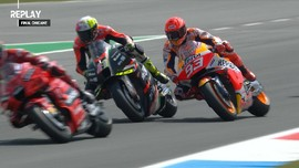 VIDEO: Aksi Ngotot Marc Marquez di MotoGP Belanda 2021