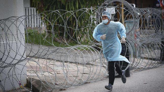Pusat perawatan dan rumah sakit pasien Covid-19 di Malaysia terancam terganggu setelah dokter-dokter junior berencana mogok kerja mulai Senin pekan depan.