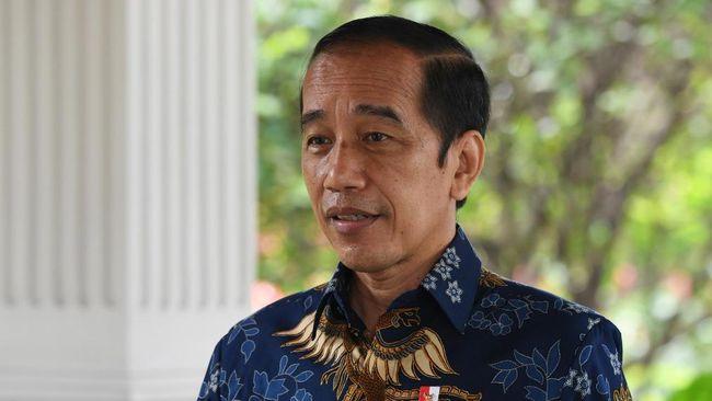 Jika dibandingkan tanggung jawab dan janjinya yang belum tuntas, julukan The King of Lip Service untuk Presiden Jokowi dinilai masih terlalu sopan.