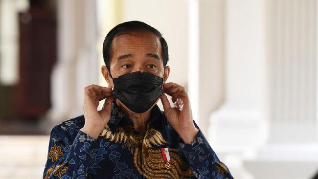 Sebuah mural wajah Presiden Jokowi bernada kritis di Batuceper, Kota Tangerang, dihapus polisi karena dianggap menjelekkan lambang negara.