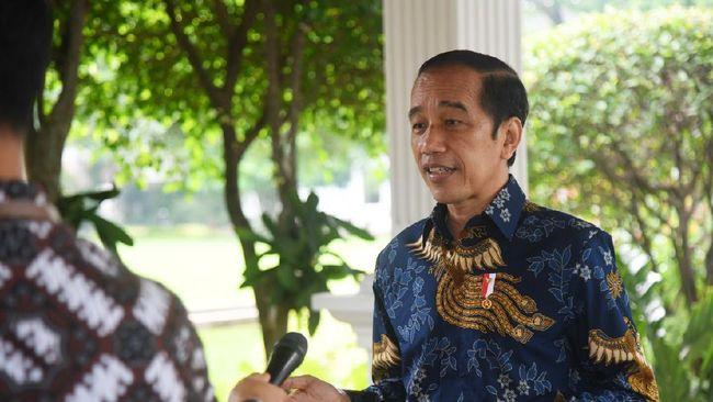 Netizen merespons BEM Udayana yang menyertakan Jokowi dalam poster yang diberi judul 'The Guardian of Oligarch' atau sang penjaga oligarki.