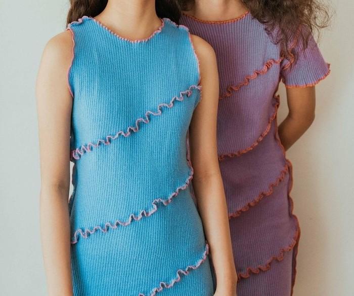 Desain SASSH menawarkan knit apparel dengan sentuhan eclectic style dan warna-warna vibrant, yang mengekspresikan aura positif dari rasa nyaman dan kebebasan bergerak. Bajunya dibanderol berkisar Rp400 ribu sampai Rp700 ribu. (Foto: Instagram/___sassh)