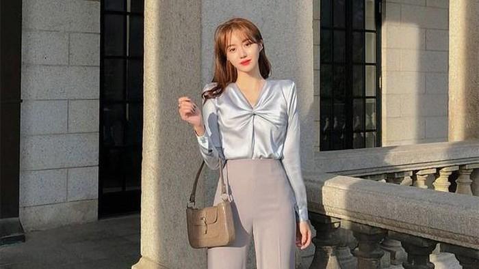 Wajib Punya! 7 Item Fashion yang Cocok Untuk Ngantor ataupun Zoom Meeting