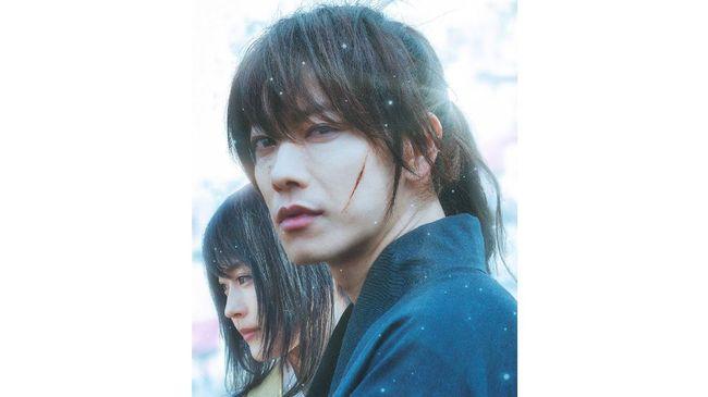 Rurouni Kenshin: The Beginning fokus pada masa lalu Kenshin Himura sebagai pembunuh Hitokiri Battosai selama tahun-tahun terakhir Bakumatsu.
