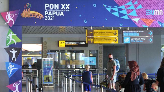 AP I mencatat jumlah penumpang pesawat di 15 bandara kelolaannya anjlok 72,5 persen menjadi hanya 939 ribu pada Juli seiring kebijakan PPKM.