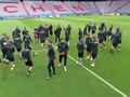 VIDEO: Hazard-De Bruyne Absen Latihan, Chiellini Comeback