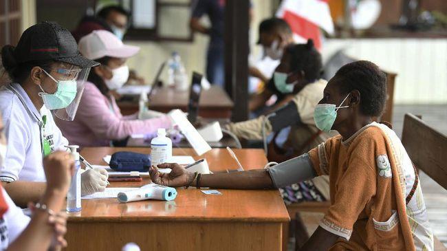 Polda Papua mengatakan pihaknya hingga saat ini masih fokus menggenjot program vaksinasi kepada warga.