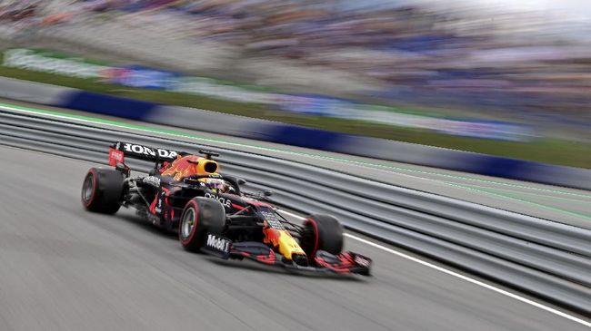 Pembalap Red Bull Max Verstappen meraih pole positiion Formula 1 GP Austria 2021 di Sirkuit Red Bull Ring, Minggu (4/7).