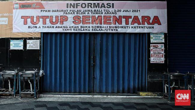 Pengusaha mal memperkirakan aturan Pemberlakuan Pembatasan Kegiatan Masyarakat (PPKM) level 4 di Palembang memicu kebangkrutan ritel dan PHK karyawan.