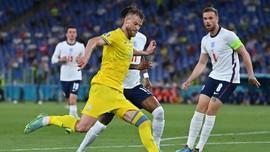 Momen Yarmolenko Larang Pemain Ukraina Salaman dengan Maguire