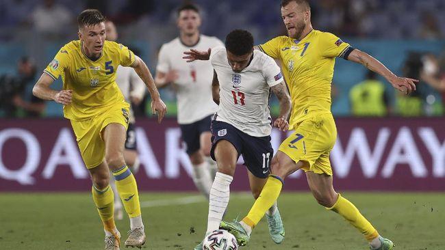 Pemain baru Manchester United, Jadon Sancho, dipastikan memakai nomor punggung 25 setelah gagal merebut nomor keramat 7 dari Edinson Cavani.
