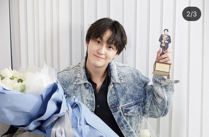 Kim Bum merupakan aktor asal Korea Selatan yang namanya mulai melejit, berkat perannya sebagai So Yi-Jung, seorang playboy anggota F4 dalam drama korea populer Boys Before Flowers (2009). /Foto: instagram.com/k.kbeom