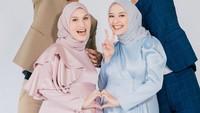 <p>Ketika hamil, Mega Iskanti juga sempat melakukan sesi pemotretan bersama selebgram Dwi Handayani. Kedua sahabat itu mengajak suami mereka untuk tampil kompak di sesi pemotretan. (Foto: Instagram: @megaiskanti)</p>