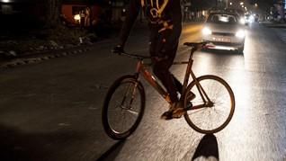 FOTO: 'Bandit Bersepeda' Kuasai Jalan-jalan Afrika Selatan