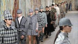 Chiuri dan Aksentuasi Penting Indra Peraba di Dior Couture