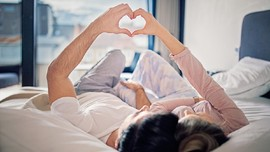 4 Cara Mencegah Kehamilan ketika Aktif Berhubungan