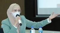 <p>Sejak menjabat jadi DPR, Mulan Jameela juga sering membahas isu yang terjadi di masyakarat. Baru-baru ini ia menyoroti aturan PPKM Darurat Jawa-Bali. (Foto: Instagram: @mulanjameela1)</p>