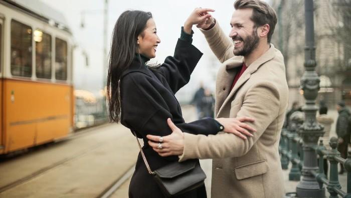 4 Sikap untuk Menghadapi Perbedaan Pendapat dengan Pasangan