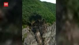 VIDEO: Rusia Cari Pesawat Pengangkut 28 Orang yang Jatuh