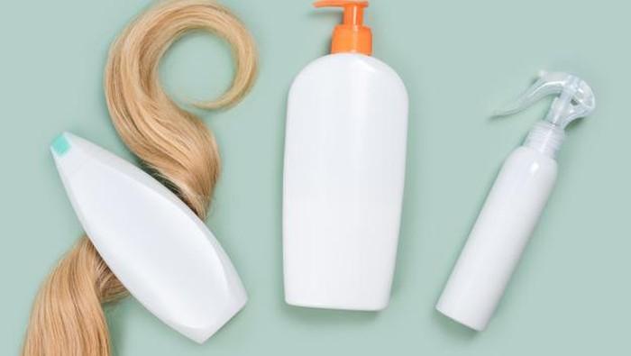 5 Kesalahan yang Sering Dilakukan Saat Menggunakan Produk Perawatan Rambut
