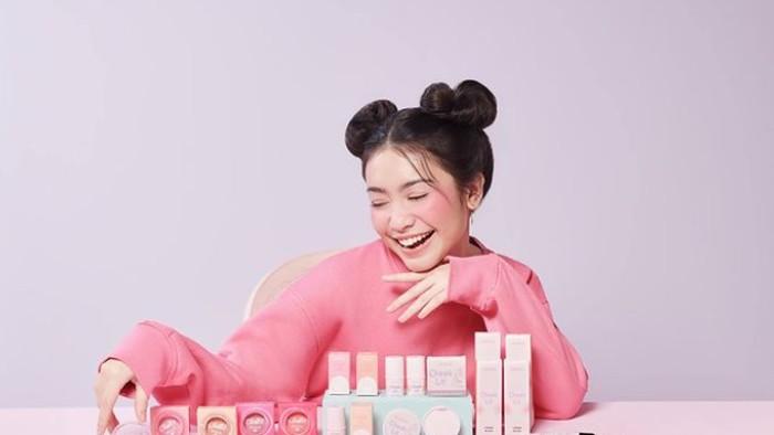 Rekomendasi One Brand Makeup Ala Emina yang Ramah di Kantong Remaja