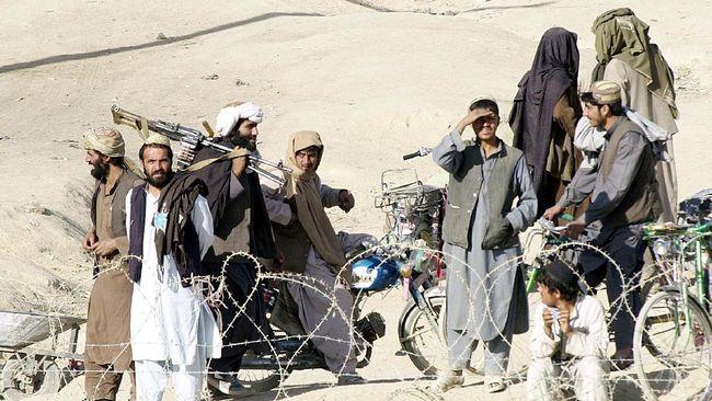 Kelompok Taliban merebut Ibu Kota Zaranj, Provinsi Nimroz, melalui pertempuran sengit dengan pasukan Afghanistan.