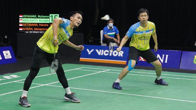 Ganda putra Indonesia Mohammad Ahsan/Hendra Setiawan berada di Grup D Olimpiade Tokyo 2020. Berikut head to head The Daddies menghadapi lawan di fase grup.