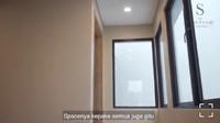 <p>Nasywa mengaku memilih rumah ini karena ukurannya yang tidak terlalu besar, Bunda. Tak hanya itu, seluruh ruangan juga akan terpakai olehnya. Rumah ini juga memiliki jendela yang besar, lho. (Foto: Instagram: @thesanctuarycollectionofficial)</p>
