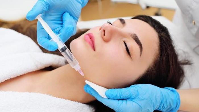 Filler vs Botox, Apa Sih Bedanya?