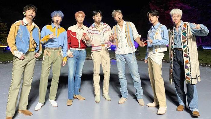 Ajak Penggemar Menari Bersama, Ini Pesan Tersembunyi Lagu Baru BTS, Permission to Dance