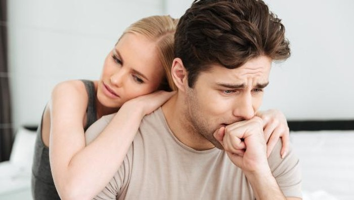 Pasangan Sedang Menghadapi Masalah Kesehatan Mental, Jangan Ditinggalkan!