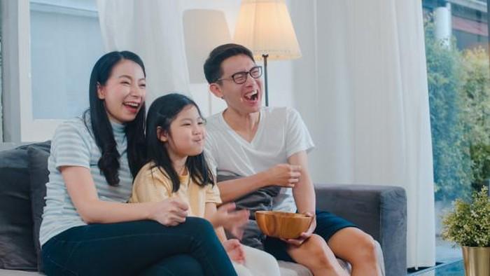 5 Rekomendasi Film Bertema Keluarga, Cocok Ditonton Weekend Selama PPKM Darurat