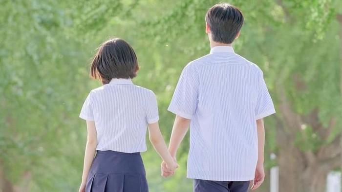 Romantis Banget! Ini 4 Rekomendasi Drama Korea Bertema First Love
