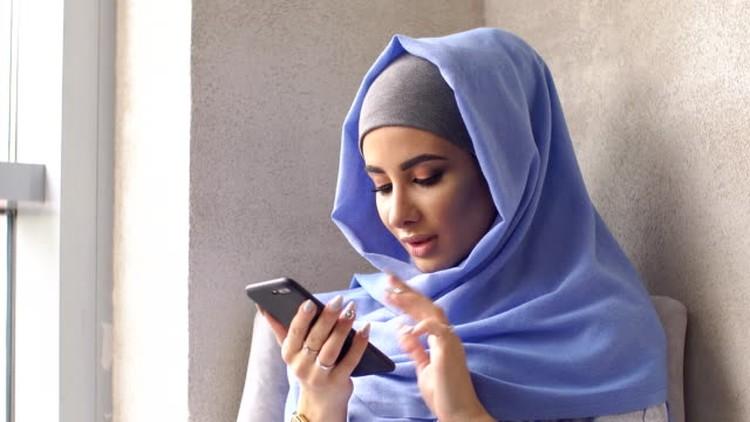 Sebentar lagi Umat Muslim di seluruh dunia akan merayakan Hari Raya Idul Adha 1442 H, Bunda. Berikut ini kumpulan ucapan menyentuh yang dapat Bunda bagikan.