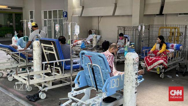 Kementerian kesehatan menyatakan bahwa virus corona varian delta telah menyebar hampir merata di seluruh daerah di Indonesia.