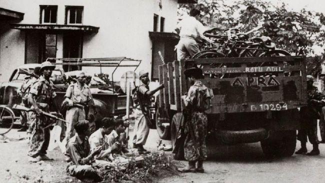 Peristiwa APRA merupakan aksi pemberontakan yang dipimpin mantan kapten KNIL Belanda untuk mengudeta pemerintahan RIS. Berikut latar belakang dan kronologinya.