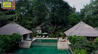 <p>Maia Estianty dan Irwan Mussry menginap di sebuah vila yang terletak di kawasan Ubud. Vila tersebut tampak sangat asri dan dilengkapi dengan kolam renang pribadi. (Foto: YouTube Maia Aleldul TV)</p>