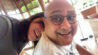<p>Maia Estianty mengunggah vlog terbarunya bersama Irwan Mussry. Ia membagikan momen ketika pergi menyusul sekaligus menjemput suaminya di Bali. (Foto: YouTube Maia Aleldul TV)</p>