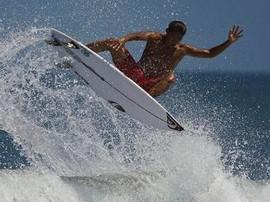 Thypoon Bisa Untungkan Surfer Indonesia di Olimpiade Tokyo