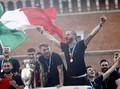 Klaster Pawai Juara Italia, McGregor Disebut Banyak Alasan