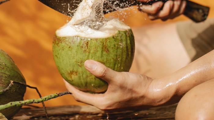 4 Minuman Penambah Imun yang Aman Dikonsumsi oleh Penderita Asam Lambung
