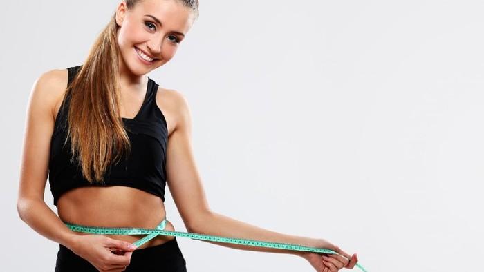 Mana yang Lebih Cepat Menurunkan Berat Badan, Diet atau Olahraga?