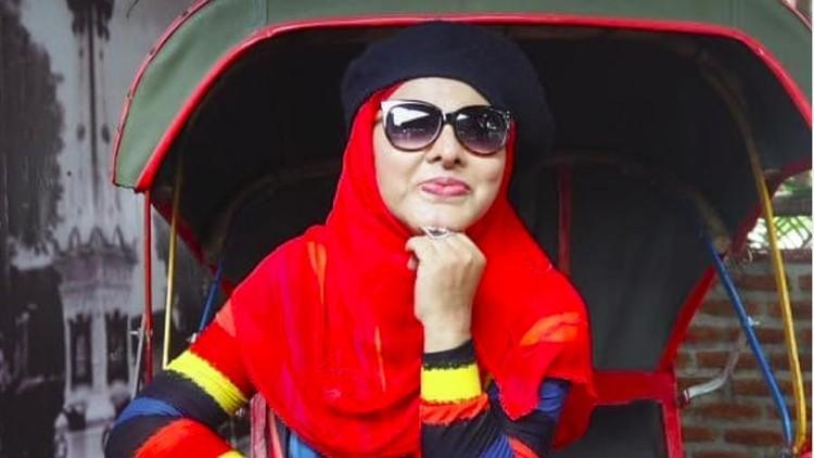 Neneng Anjarwati meninggal dunia