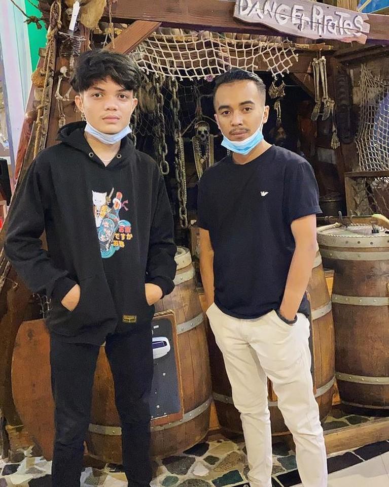 Paras Tampan Adam Batubara, Putra Ucok Baba yang Kini Diidolakan Remaja