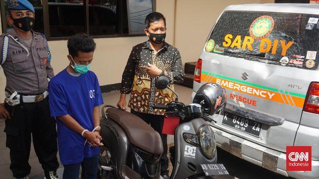 IZ ditangkap polisi dan telah ditetapkan sebagai tersangka dalam kasus perusakan mobil ambulans pengangkut pasien Covid-19 di Piyungan, Bantul, DIY.